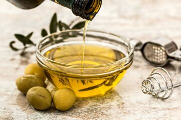 The Health Benefits of Olive Oil for Your Family